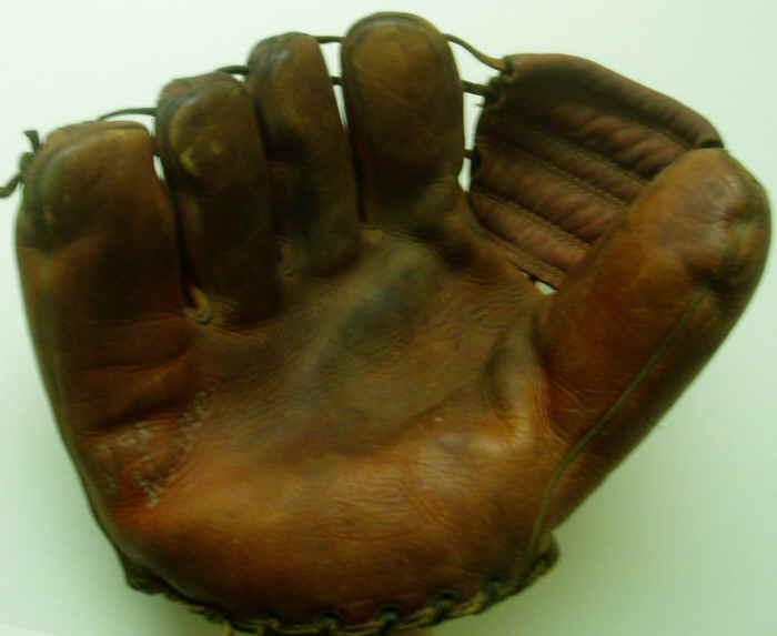 vintage baseball glove condition